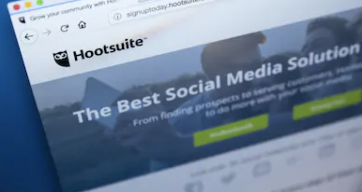 hootsuite - an app to build your business